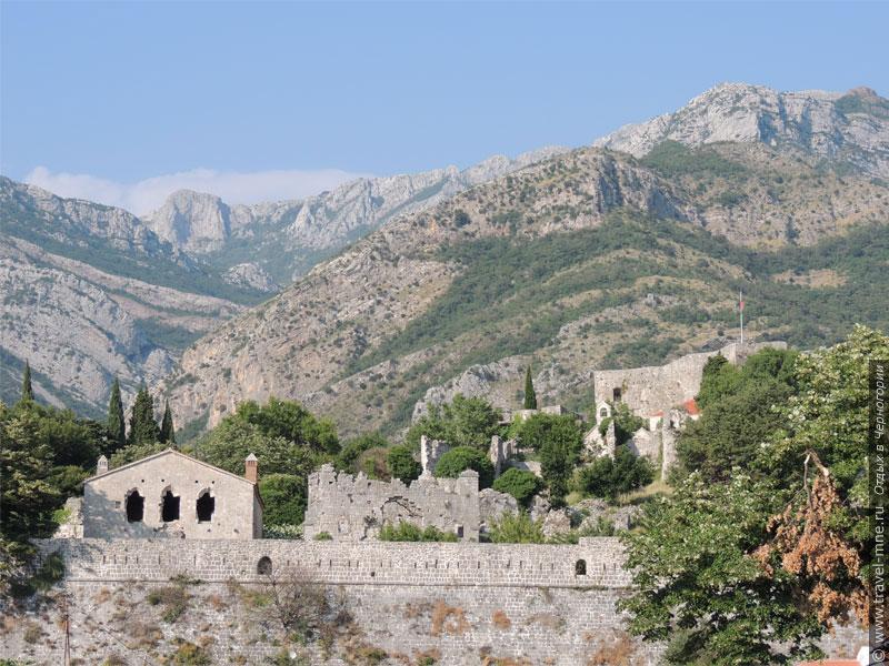 Старый Бар - развалины древней части города