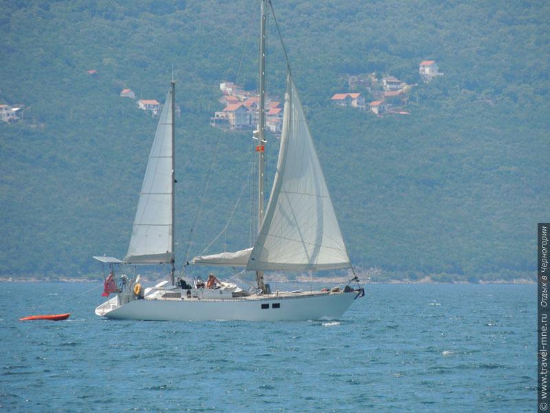 Аренда парусной яхты - самый романтичный вид морского путешествия