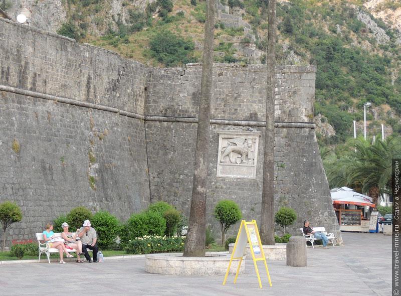 Лев на городской стене - наследие венецианского периода в истории Котора
