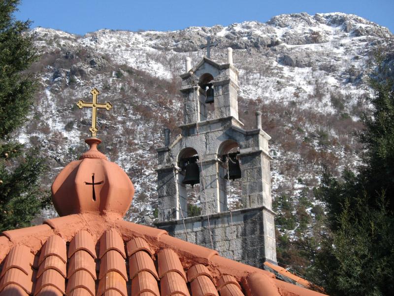 Церковь Успения Пресвятой Богородицы построена на месте захоронения более 1400 паштровичей