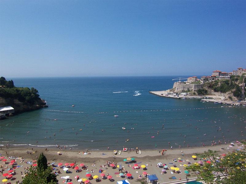 Малый пляж / Mala plaža