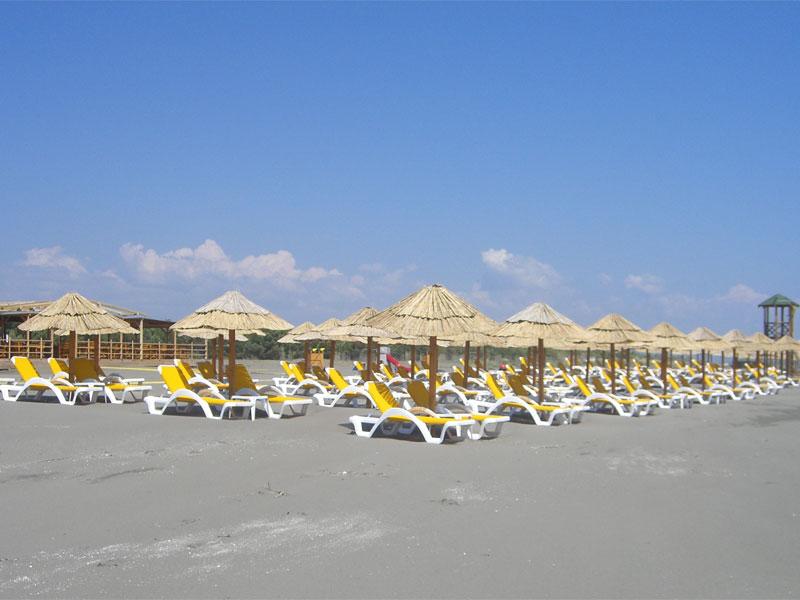 Пляж MCM Beach