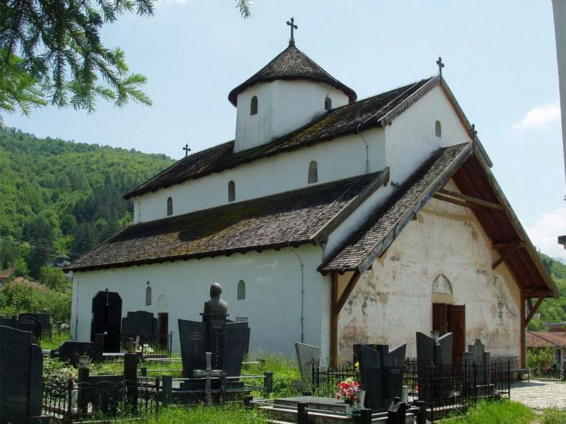 Большая монастырская церковь посвящена Святому Николаю