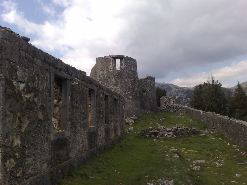 Крепость Бесац считается важнейшим фортификационным памятником Средневековья
