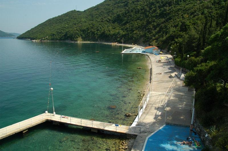 Королевский пляж отеля Ривьера / Kraljičina plaža hotela Riviera