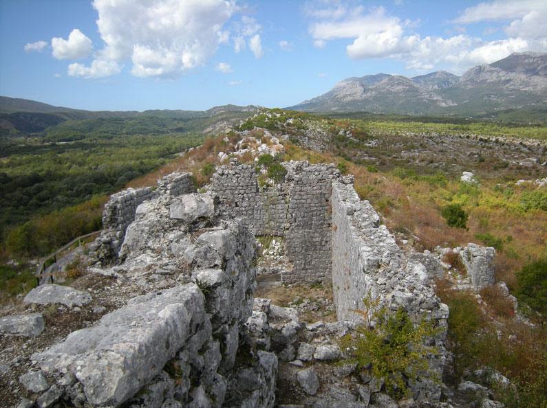 Руины древнего города Свач хранят в себе много загадок прошлого