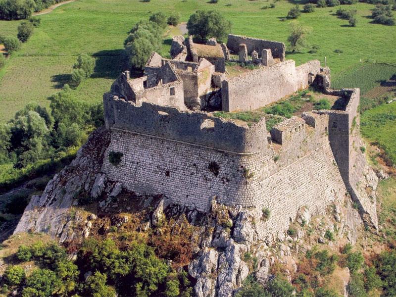Крепость Жабляк благодаря мощным стенам долгое время успешно отбивала атаки турецких войск