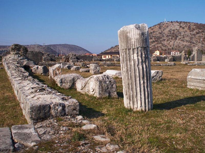 От древней Дукли сохранились остатки многочисленных конструкций и сооружений