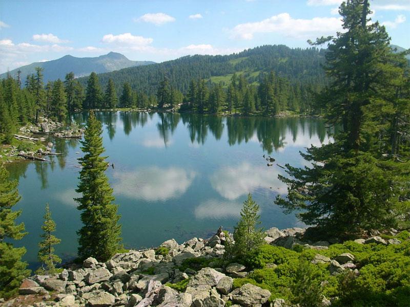 Хридское озеро многие справедливо считают одним из красивейших в Черногории