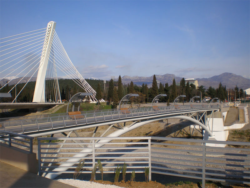 Московский мост - подарок от российской столицы столице Черногории