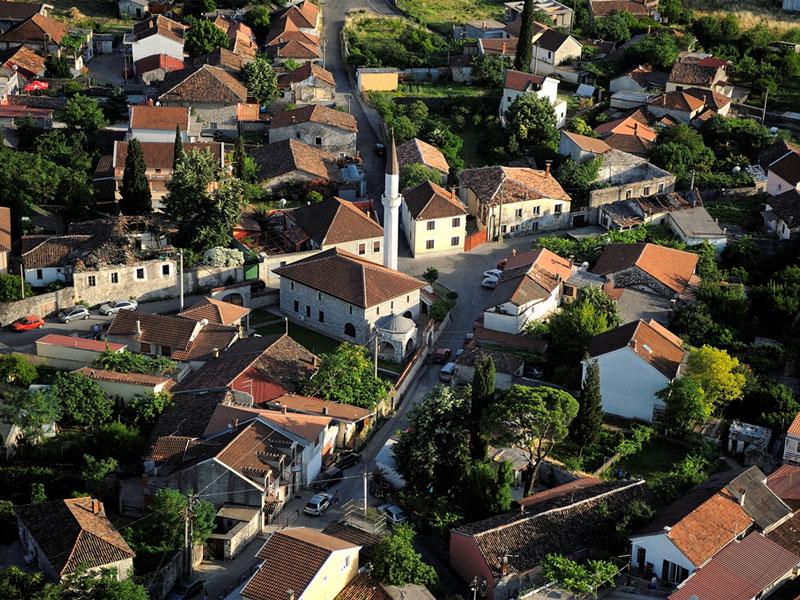 Квартал Стара Варош - это немного турецкого города посреди черногорской столицы