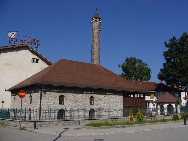 Здание Визирской мечети - классический пример черногорской исламской архитектуры XVIII века