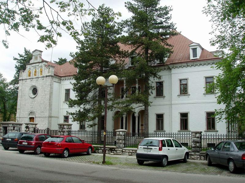 Иностранные посольства в Цетине