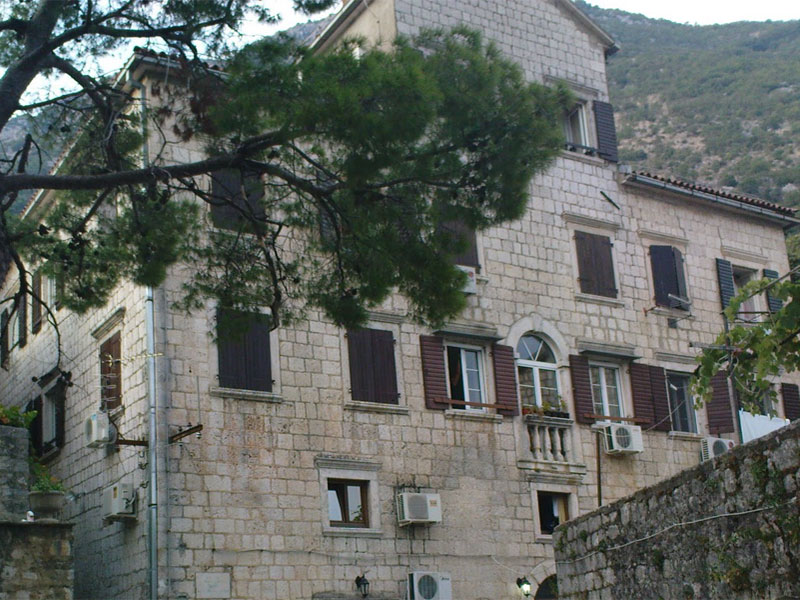 После реконструкции во дворце Баловичей обустроили жилые апартаменты