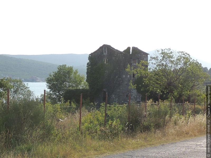 Старинная укрепленная резиденция Данчуловина ныне пребывает в руинах