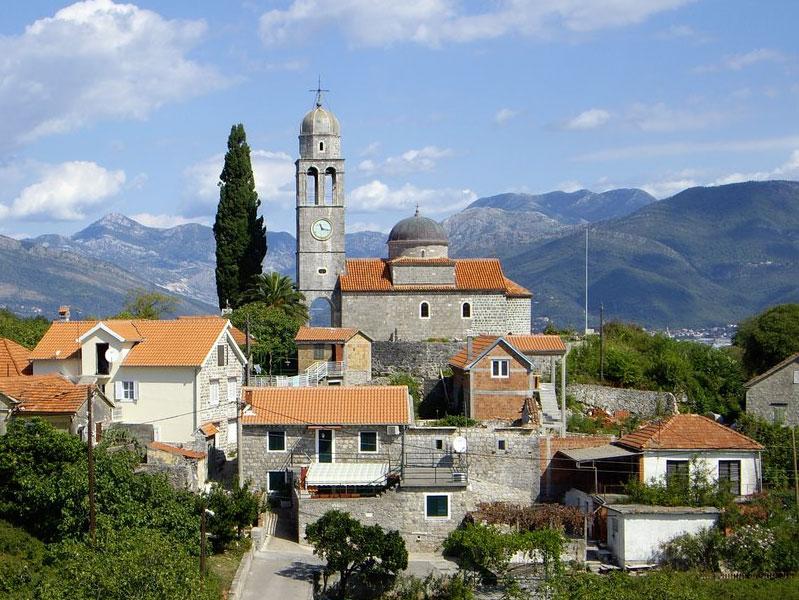 Успенская церковь - архитектурная доминанта всего селения