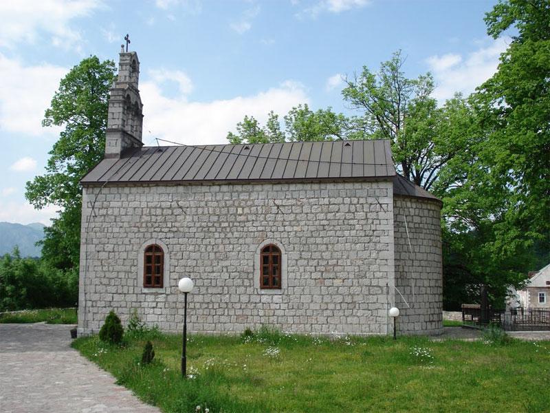 Церковь Святого Дмитрия - типичный представитель архитектурного стиля рубежа XIX-XX веков